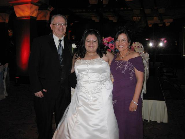 Linda with Mom and Dad