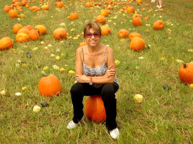 apple picking sept 2011 039