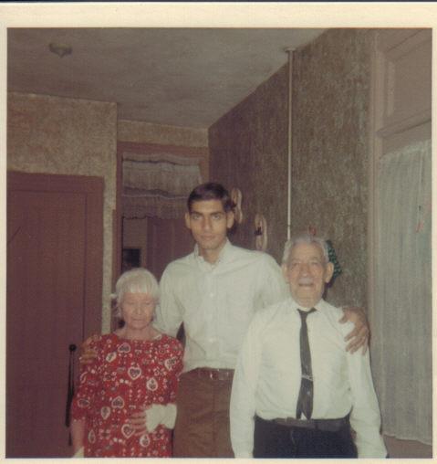 Fulciniti grandparents with Steve